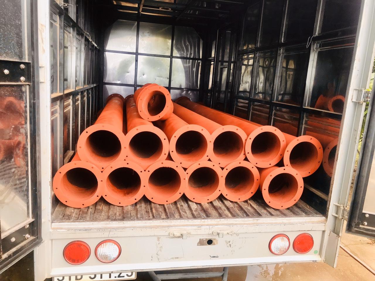 Trần hùng metal ống 36m