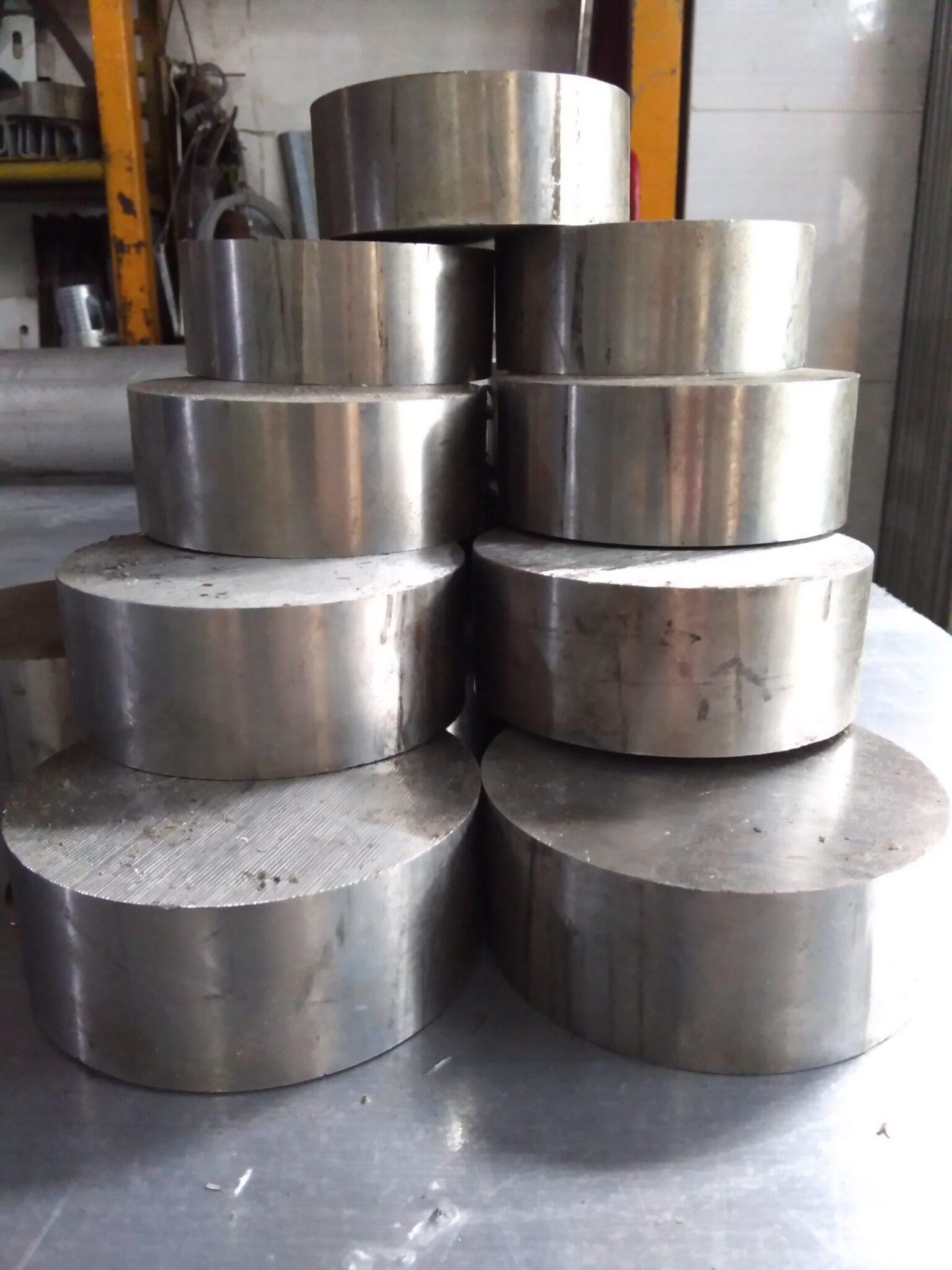 Trần Hùng metal Inox 304 D83. A Cường Đầm Sen